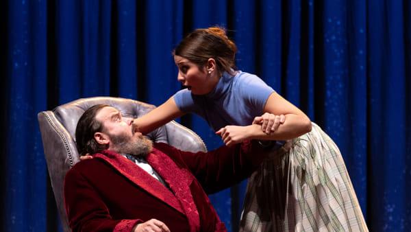 Giuseppe Battiston interpreta e reinventa Churchill a teatro