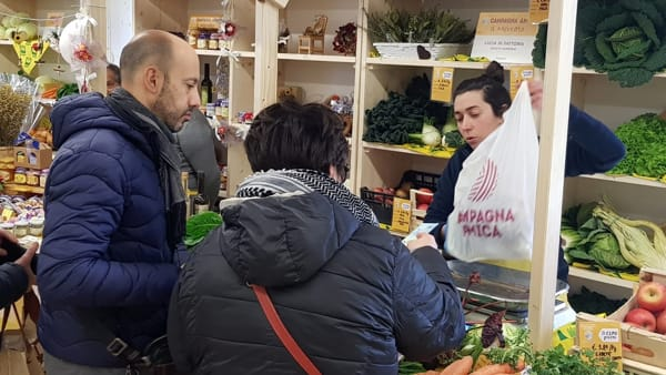 Al Mercato di viale Bologna l'agri-laboratorio di Natale. E si pranza con menù speciali