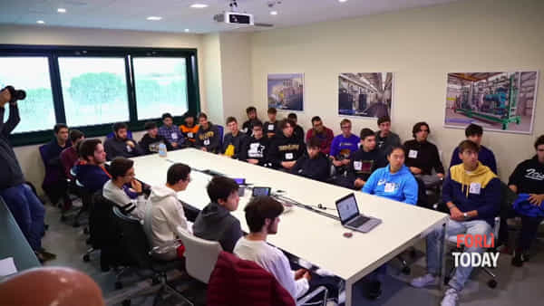 Pmi Day, le imprese aprono le porte a 700 studenti: tante dritte su come trovare il lavoro