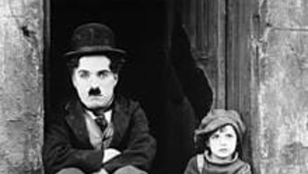 """Suoni dal vivo del cinema muto: Moro e The Revolution con Enrico Farnedi ne """"Il Monello"""""""