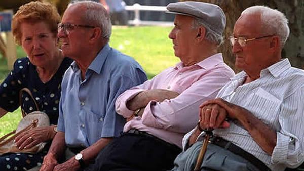 Tra libri, riflessioni e idee per la longevità: come sarà l'Italia nel 2032?