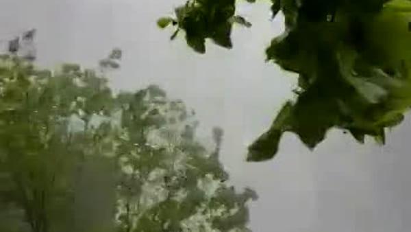 La tracimazione della diga vista dal basso: spettacolo a Ridracoli