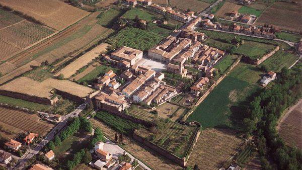 Un tuffo nel Medioevo nella suggestiva cornice dei Bastioni