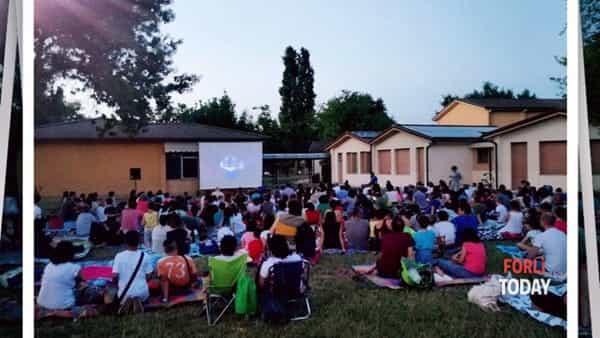 """Il cinema è vita. Torna il cinema all'aperto alla Bersani con """"Trolls"""""""