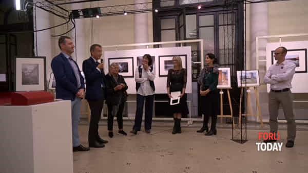 Inaugurata la mostra fotografica Auguri Tank, in zir par la Rumagna