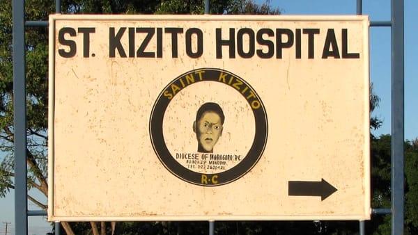 Un reparto di chirurgia endocrina in Tanzania: incontro con Madre Prudenziana al Morgagni-Pierantoni