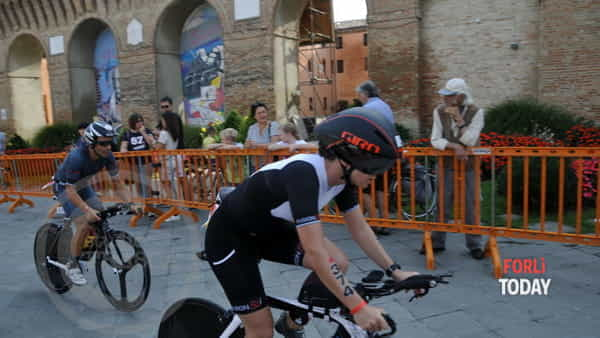 Gli atleti sono pronti per l'Ironman Emilia Romagna