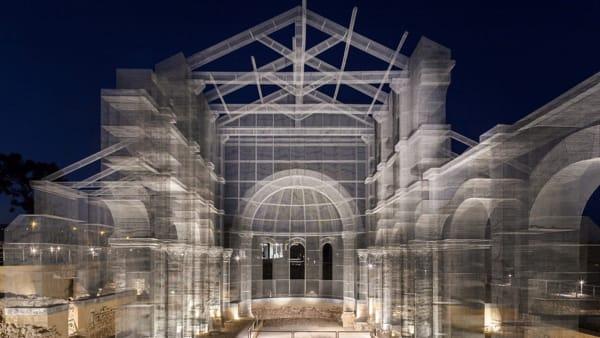 La Basilica di Siponto di Edoardo Tresoldi. Un racconto tra Rovine, Paesaggio e Luce