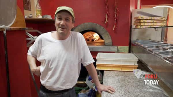 Dal post su Facebook alle scuse ai cinesi, una pizza napoletana contro il Coronavirus: gli incassi della serata per la ricerca
