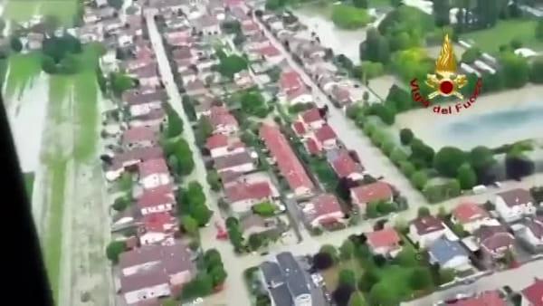 La disastrosa alluvione di Villafranca vista dell'elicottero dei Vigili del Fuoco: il video dell'esondazione