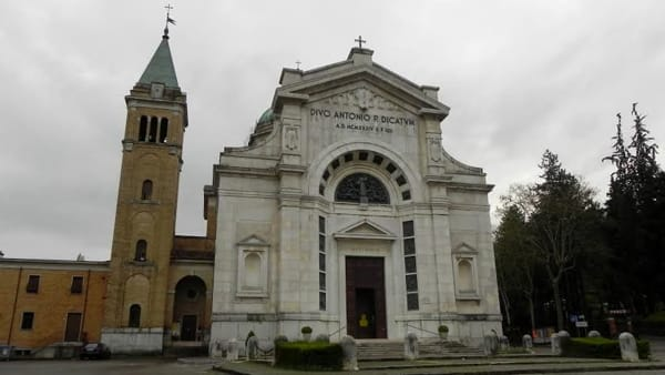 """""""Tra Razionalismo e Art Dèco"""", una mostra sulla Chiesa di Sant'Antonio a Predappio"""