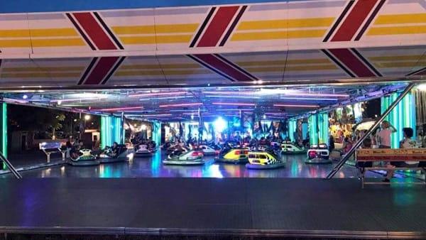 Giostre e autoscontri al Luna Park primaverile