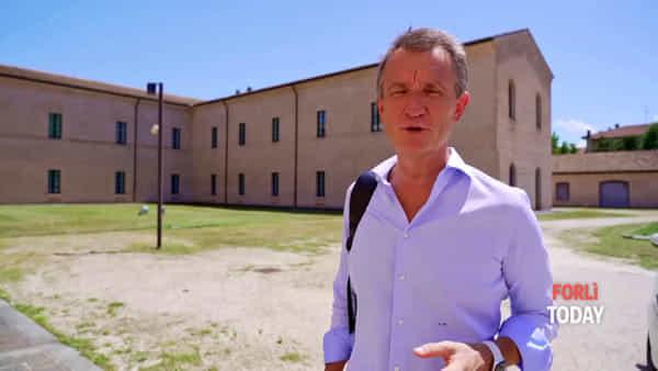 Come sarà la nuova arena estiva al San Domenico: l'assessore spiega come sarà allestito il chiostro