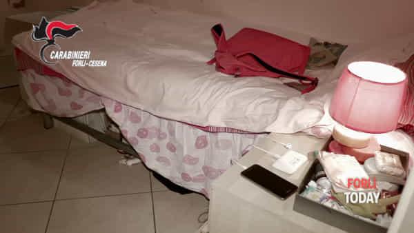 Anche 230 clienti al mese dalle prostitute cinesi, coinvolto un centro massaggi