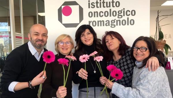 """Torna """"Una piega per lo Ior"""": parrucchieri all'opera per le donne che lottano contro il cancro"""