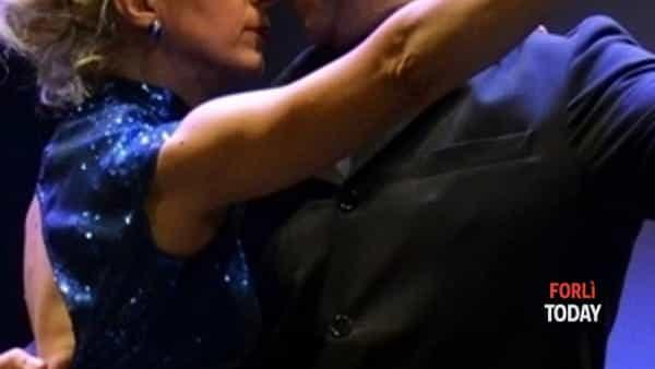 Si balla in compagnia al ritmo di tango