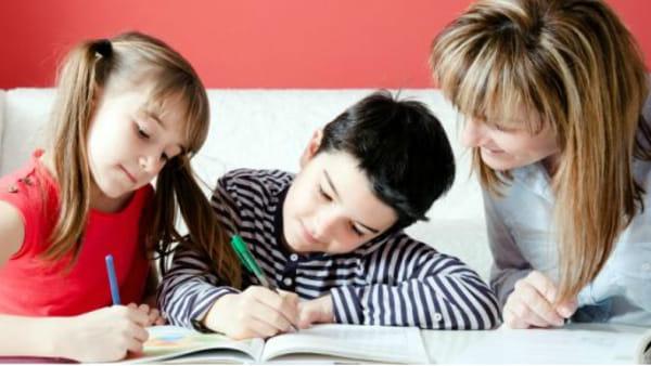 """""""L'orizzonte dell'educazione"""": uno sguardo alle sfide per genitori e bambini"""
