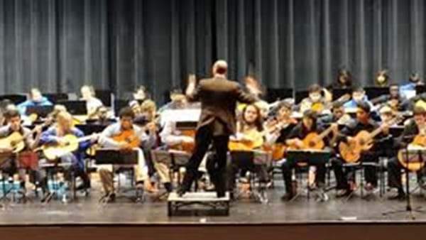 Italian Youth Guitar Orchestra in concerto