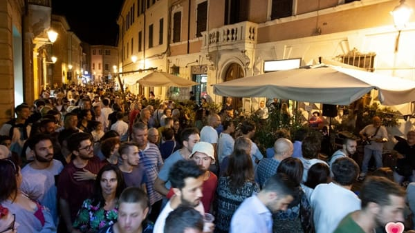 Musica, aperitivi on the road e shopping: ultimo Mercoledì di festa per il centro di Forlì
