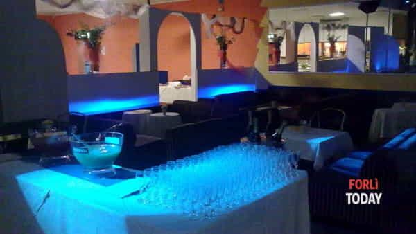 festa della donna con cena in discoteca-2