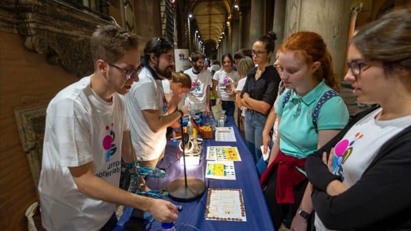 Esperimenti, giochi, musica e flash mob: torna la Notte Europea dei Ricercatori
