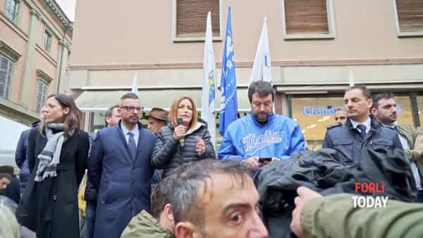 """Salvini in città, la candidata Borgonzoni: """"Forlì primo passo per liberare la Regione"""""""