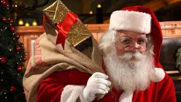 L'Immacolata a Civitella: si accende l'albero, si canta e arriva Babbo Natale