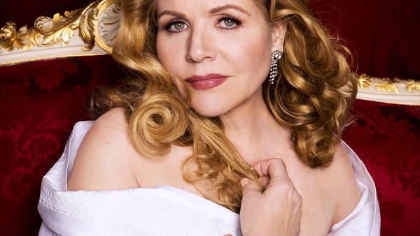 Cinema Astoria, live dal Metropolitan di New York l'ultima della diva Renée Fleming