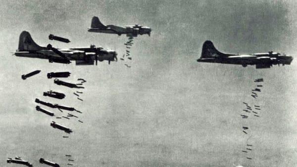 """""""Quando la morte venne dal cielo"""": il ricordo della guerra nel giorno della Liberazione"""
