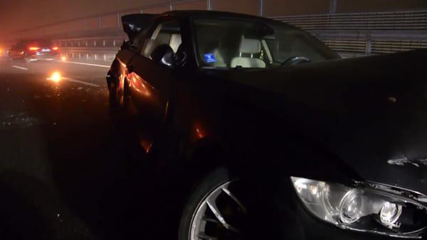 Scontro tra un'auto ed un camion, anche un testacoda: carambola tra la nebbia in Tangenziale