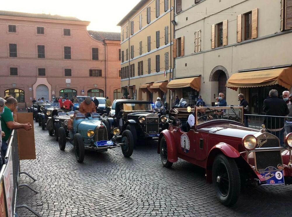 La storia dell'automobilismo mondiale sfila in Romagna con il Gran Premio Nuvolari