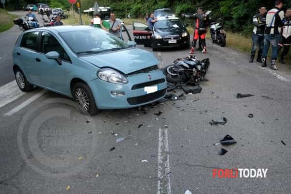 incidente-auto-moto-16-6-2018-3