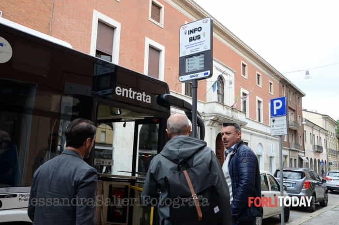 Nuove fermate autobus più tecnologiche