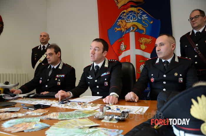 Coppia di ladri arrestata dai Carabinieri
