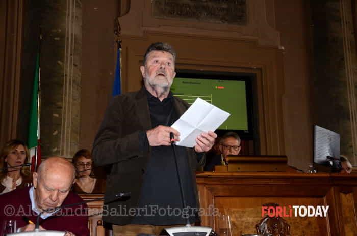 Omaggio del Consiglio comunale a Roberto Ruffilli