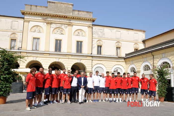 Calcio, il Forlì si presenta alla città